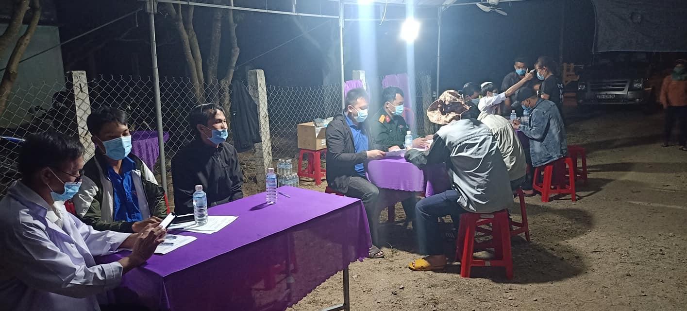 Huyện Vĩnh Thạnh thành lập chốt kiểm soát dịch Covid-19 tại Thôn K2, xã Vĩnh Sơn