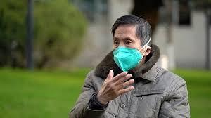 Bộ Y tế khuyến cáo người cao tuổi hạn chế ra ngoài đề phòng dịch bệnh Covid-19